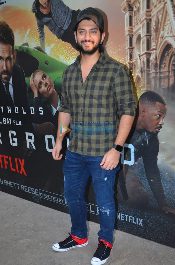 Photos Celebs attend the special screening of Ryan Reynolds' 6 Underground (4)