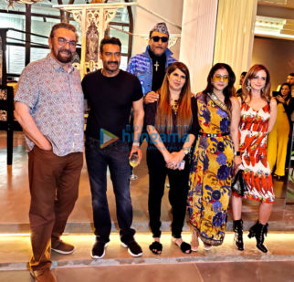 Photos: Celebs grace Anna Singh's art exhibition 'The Christian Vintage Collection'