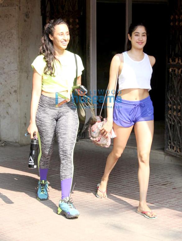 Photos Janhvi Kapoor and Namrata Purohit spotted at the Pilates gym (2)