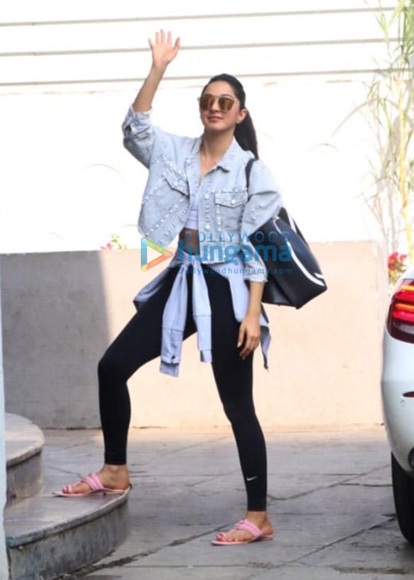 Photos Kiara Advani spotted at the gym in Bandra (1)