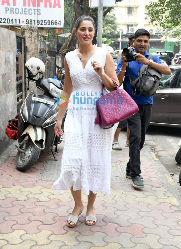 Photos: Nargis Fakhri spotted at Indigo in Bandra