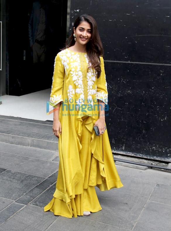 Photos: Pooja Hegde spotted in Santacruz
