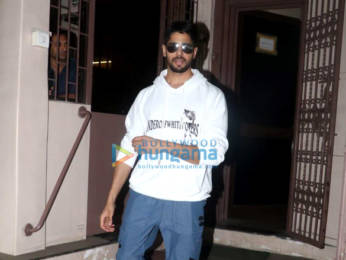 Photos: Sidharth Malhotra snapped at Shankar Mahadevan's studio