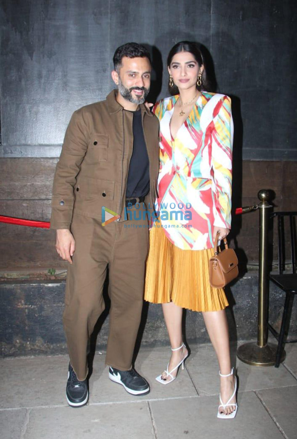 Photos Sonam Kapoor Ahuja, Anand Ahuja and others snapped at Bhane's 5th anniversary celebrations (3)