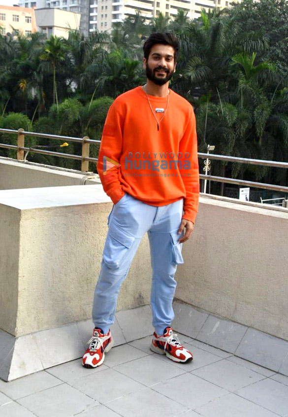 Photos Sunny Kaushal and Rukshar Dhillon snapped promoting their movie Bhangra Paa Le (1)