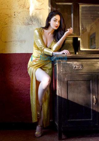 Celebrity Photos of Sandeepa Dhar