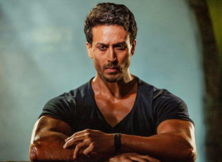 This little fan charms his way into Tiger Shroff's heart and his response is ADORABLE