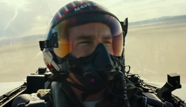 Top Gun: Maverick star Tom Cruise star flies real fighter jet in behind the scenes video