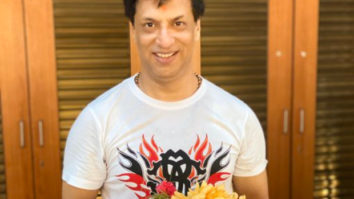 Filmmaker Madhur Bhandarkar walks all the way from Khar to seek blessings at Siddhivinayak temple