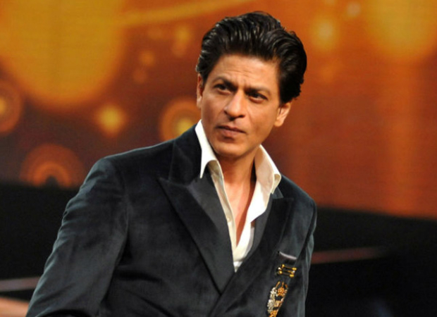 Indonesian actor dedicates his award to Shah Rukh Khan; gets a reply from the superstar