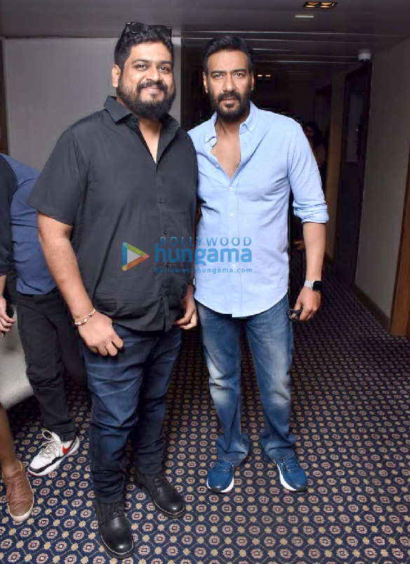 Photos Ajay Devgn and Om Raut snapped during Tanhaji – The Unsung Warrior promotions (1)