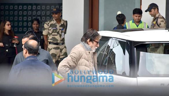 Photos Amitabh Bachchan and Aishwarya Rai Bachchan snapped at the airport in Kalina (5)