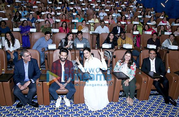 Photos Deepika Padukone snapped at INOX Megaplox event (7)