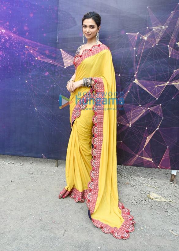 Photos Deepika Padukone snapped promoting Chhapaak (4)