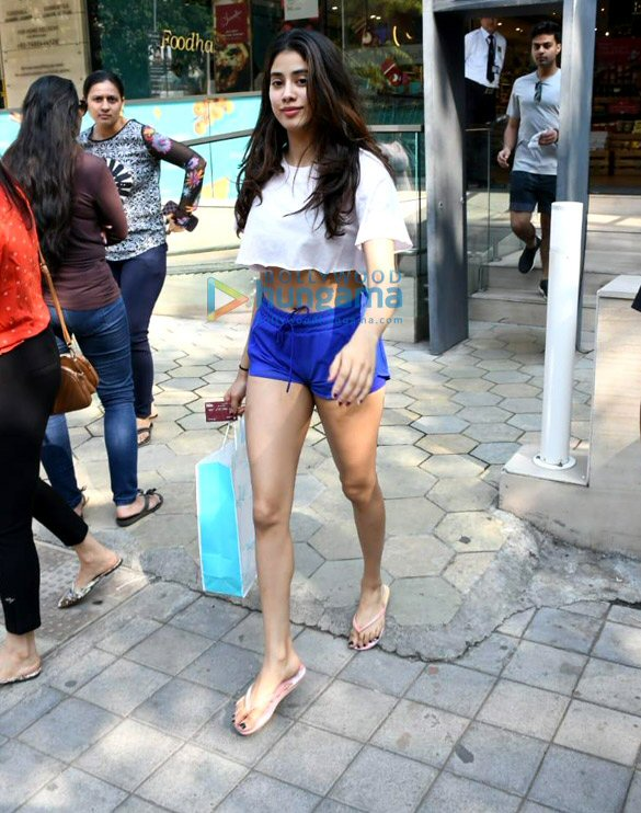 Photos: Janhvi Kapoor spotted at Foodhall in Bandra