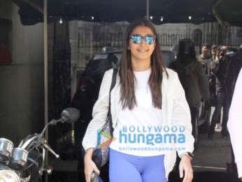 Photos: Pooja Hegde spotted at MFT gym in Bandra