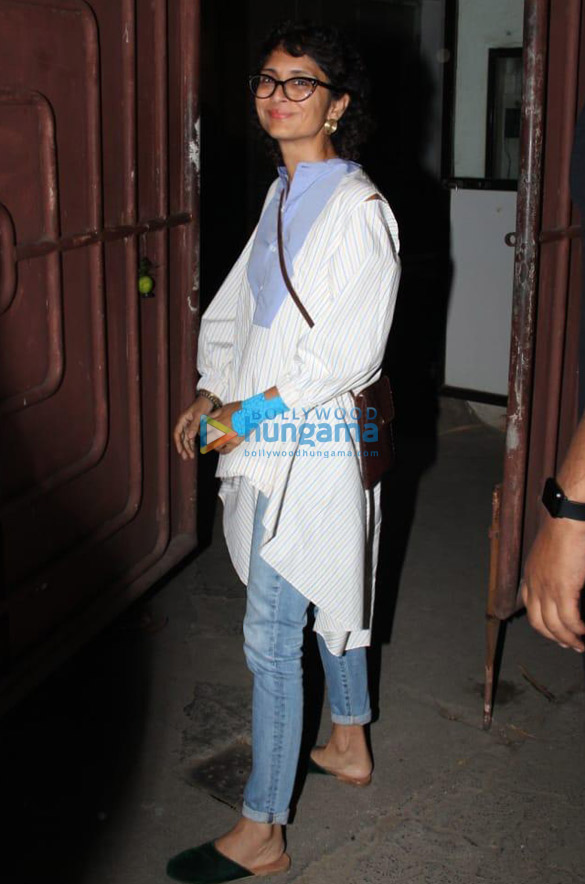 Photos Mahesh Bhatt, Farhan Akhtar and others spotted at Sunny Super Sound in Juhu (3)