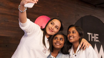 Sonakshi Sinha enjoys the day playing arcade games with her biggest fan through Fankind