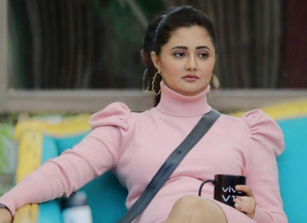 The atmosphere within the Bigg Boss 13 house was in for a change after the housemates' family members entered the house. The tiffs and the arguments calmed down a little, and everyone was emotional to see their loved ones. The first one to come was comedian Krushna Abhishek, the brother of Arti Singh. This followed with Shehnaaz Gill, Mahira Sharma and other people's family members. Amid all this, the one person who was feeling terribly lonely was Rashami Desai. She became emotional seeing everyone's family members, and spoke her heart out to Arti Singh. Arti warned her about her relationship with Arhaan Khan, and Rashami said she would look at it once she was out of the house. She also went on to add how she has been abandoned by her dear ones and there's no dream left that would keep her going. Saying that she was dying within, she added that she felt like breaking down every moment, and these three months inside the house were a tough time indeed. For those uninitiated, housemates also warned Rashami that Arhaan wasn't the right guy for her, and host Salman Khan had revealed to her that Arhaan was already married with a child.