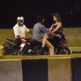 LEAKED PHOTOS! Vijay Deverakonda and Ananya Panday ride a back, it reminds us of Aamir Khan - Rani Mukerji's scene from Ghulam