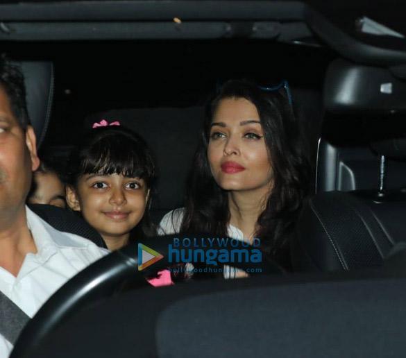 Photos Aishwarya Rai Bachchan and Aaradhya Bachchan spotted at a dance class (2)