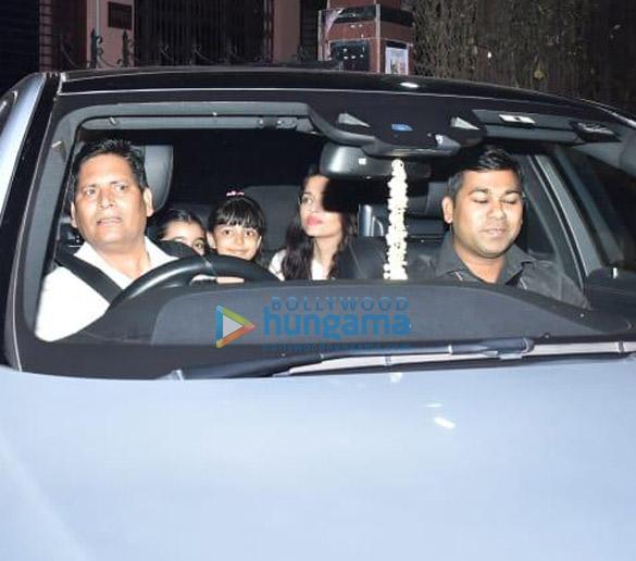 Photos Aishwarya Rai Bachchan and Aaradhya Bachchan spotted at a dance class (4)