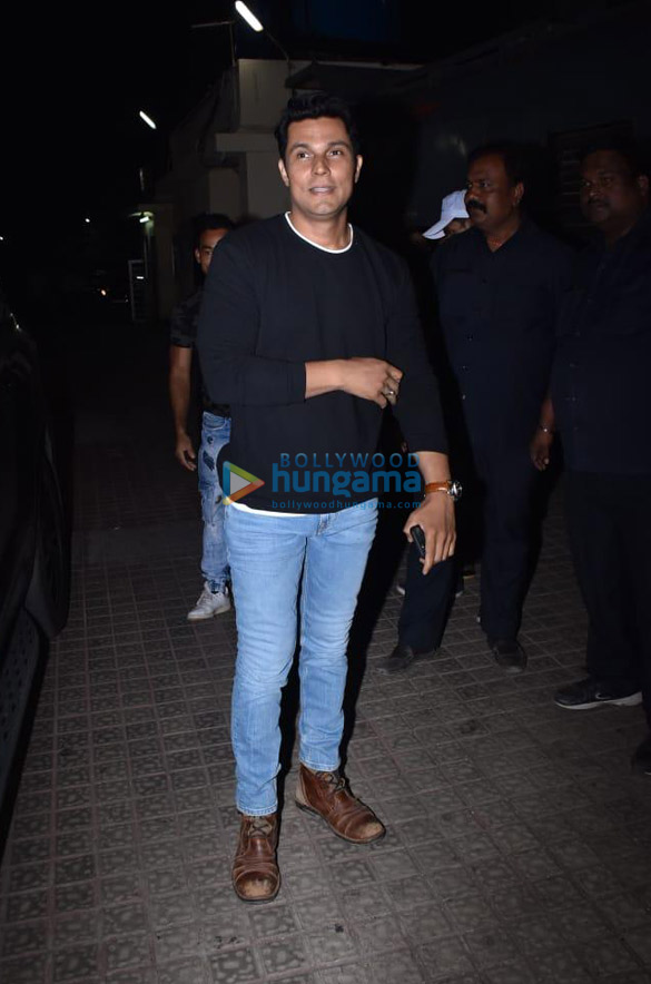 Photos Celebs attend the special screening of the movie Love Aaj Kal (10)