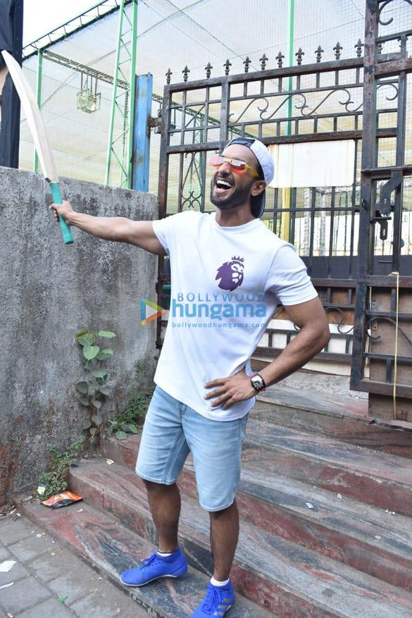 Photos Ranveer Singh snapped promoting his film '83 (1)