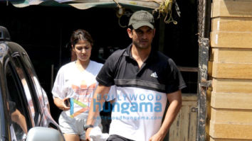 Photos: Sushant Singh Rajput and Rhea Chakraborty spotted at the gym in Bandra