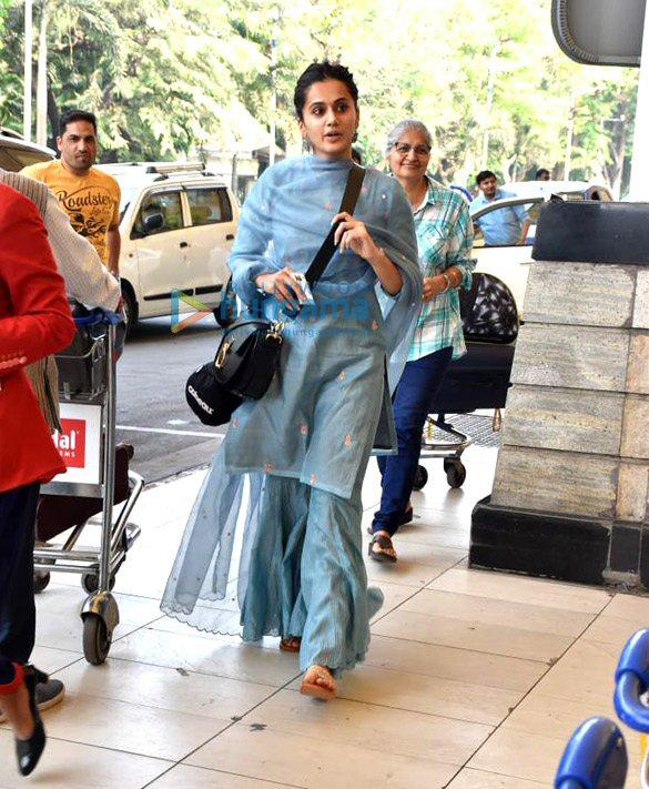 Photos Tiger Shroff, Disha Patani, Shraddha Kapoor and others snapped at the airport (6)