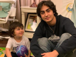Taimur Ali Khan looks in awe of Arhaan Khan in this adorable picture!