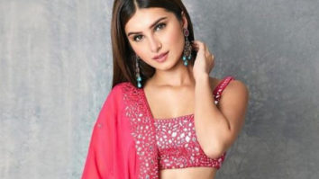 Watch: Aadar Jain's rumoured girlfriend actress Tara Sutaria performs opera for Armaan and Anissa