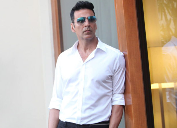 Akshay Kumar gets a dialogue coach for Prithviraj