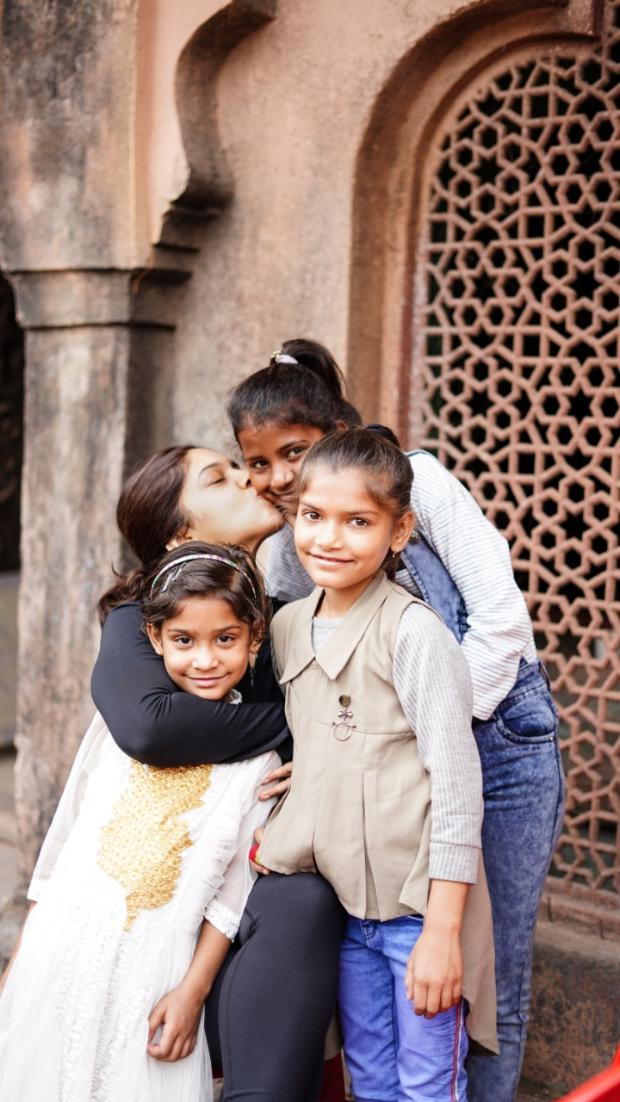 Bhumi Pednekar gives kids from an orphanage a tour of Durgavati sets