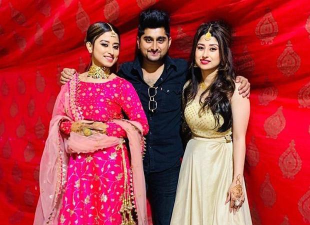 Bigg Boss 12 contestants Deepak Thakur and Roshmi Banik have a blast at Somi and Saba Shaikh's sister's wedding in Jaipur