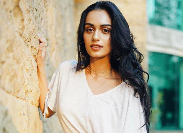 """Manushi Chhillar - """"I salute the doctors and nurses who are in the thick of action"""""""
