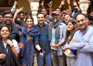 On The Sets Of The Movie Mimi