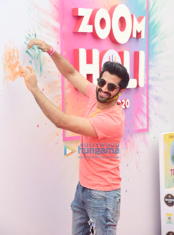 Photos Akshay Oberoi and Nucleya attend the Zoom Holi party 2020 (3)