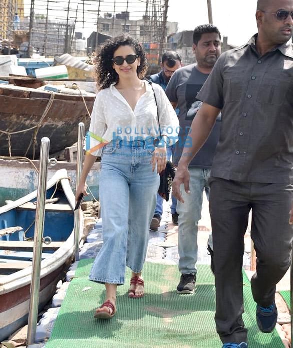 Photos Sanya Malhotra snapped at Versova jetty (2)