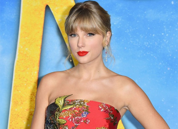 Taylor Swift donates $3,000 to several fans affected by coronavirus pandemic
