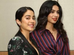 This old picture of Janhvi Kapoor and Khushi Kapoor will surely remind you of Sridevi