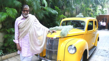 Amitabh Bachchan adds a vintage car to his garage, shares photo