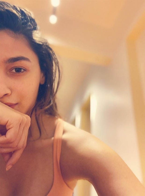 Alia Bhatt shares post workout selfie, Ranveer Singh calls it 'best'