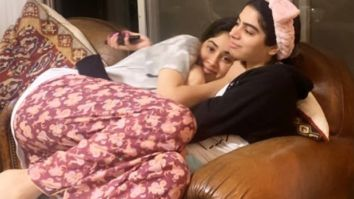 Janhvi Kapoor and Kushi Kapoor are all cuddles in this picture and it will make you miss your sibling!