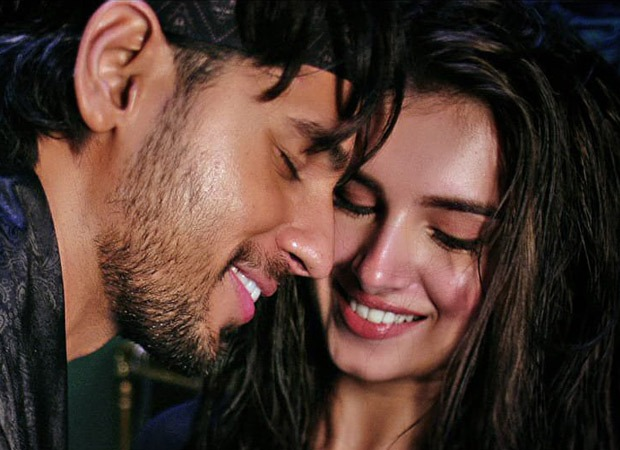 Sidharth Malhotra-Tara Sutaria get romantic and sensuous in recreated song