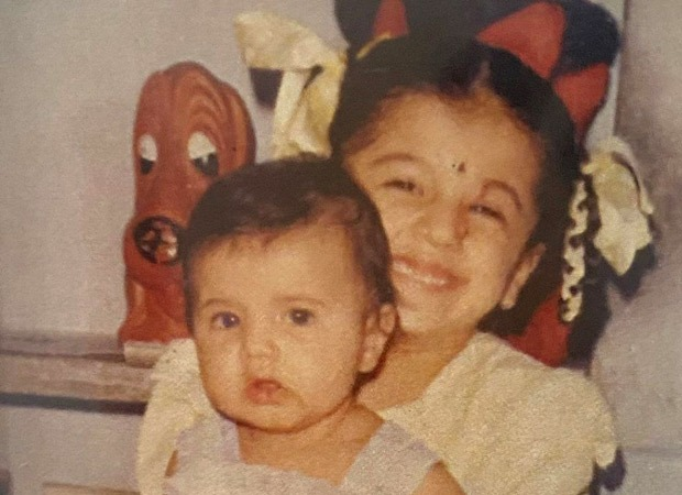 Taapsee Pannu shares a throwback photograph with sister Shagun, reveals her favorite pose : Bollywood Information 7
