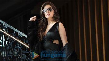 Celeb Photos Of Elnaaz Norouzi