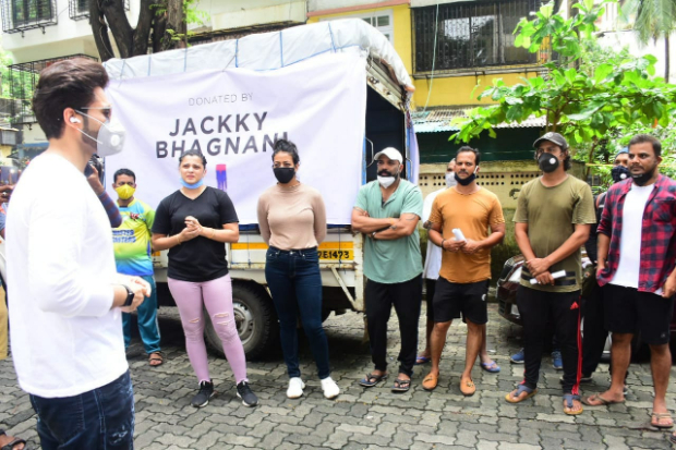 Jackky Bhagnani donates one month of essential groceries to 600 dancer's families