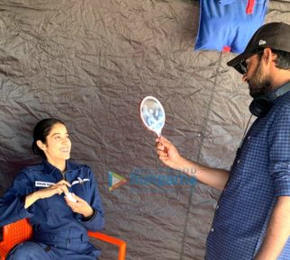 on the sets of the movie Gunjan Saxena – The Kargil Girl