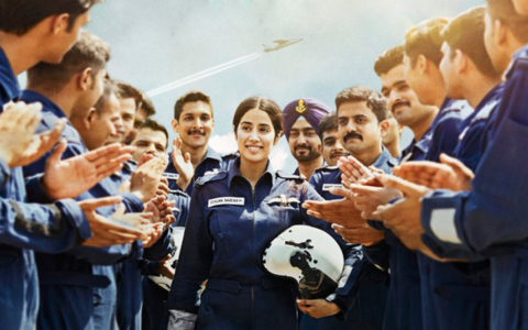 Janhvi Kapoor starrer GUNJAN SAXENA – THE KARGIL GIRL is a well-narrated tale of a female war hero of India. Despite some minuses, this flick would touch a chord, especially with the family audiences.